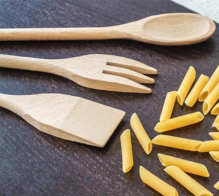 CUCCHIAI CLASSICI i classici della tradizione, basati sulla semplicità ed essenzialità della forma per la massima funzionalità in cucina